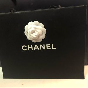 Chanel shopping bag medium